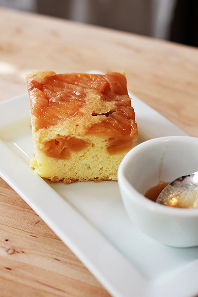 Upside Down Apple Cake Vegan
